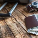 Czy opłaca się kupować walutę na wakacje w zimę?